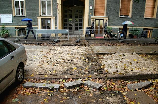 Baustelle Straßenbauarbeiten, Kollwitzstraße, 10435 Berlin, 10.10.2013