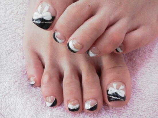cool toe nail art design 2012