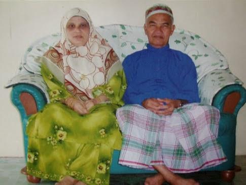 Gambar ayah & arwah mak.