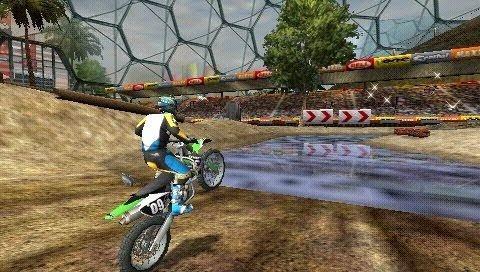 ATV Offroad Fury: Blazin' Trails PSP ISO Screenshoot 2