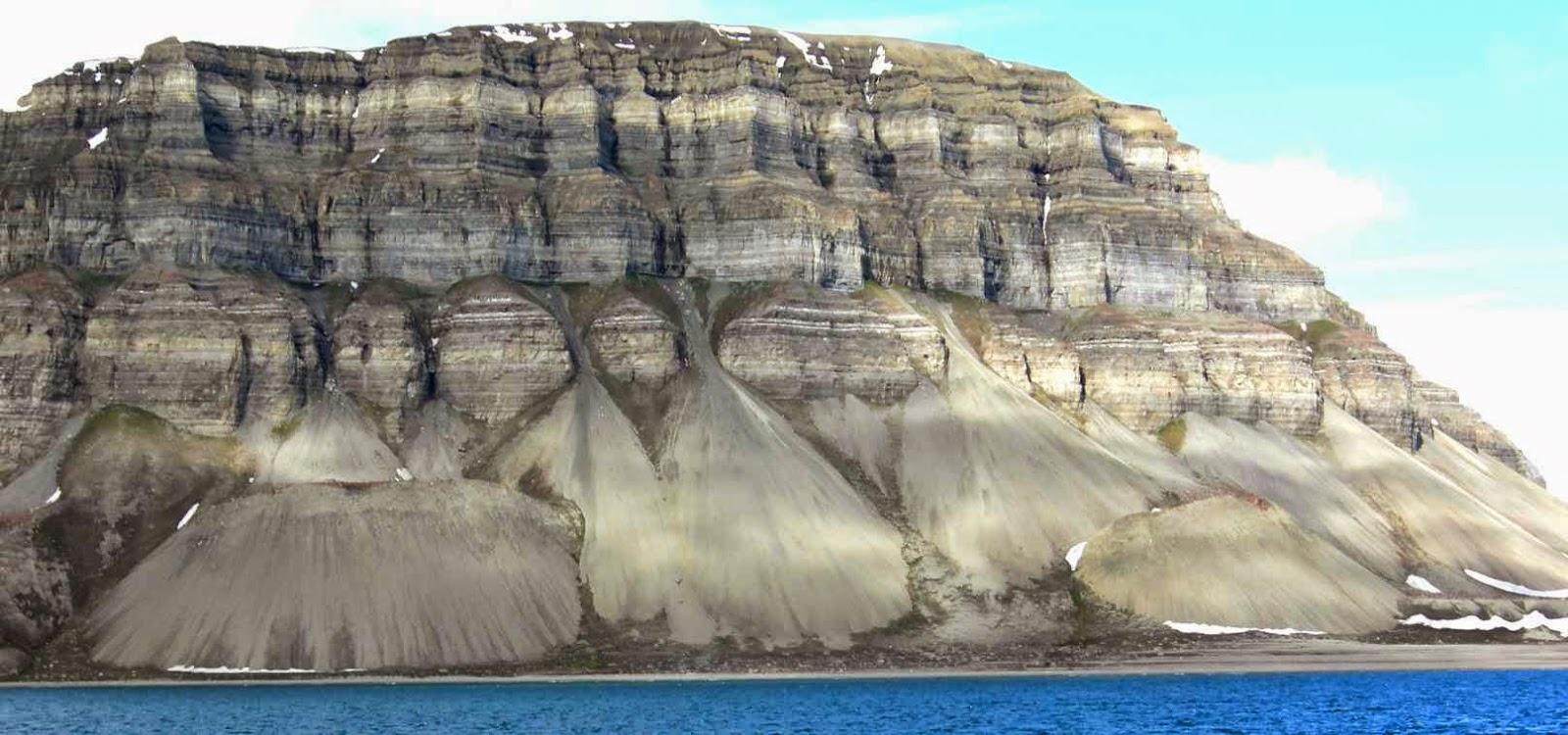 Paisaje de rocas sedimentarias