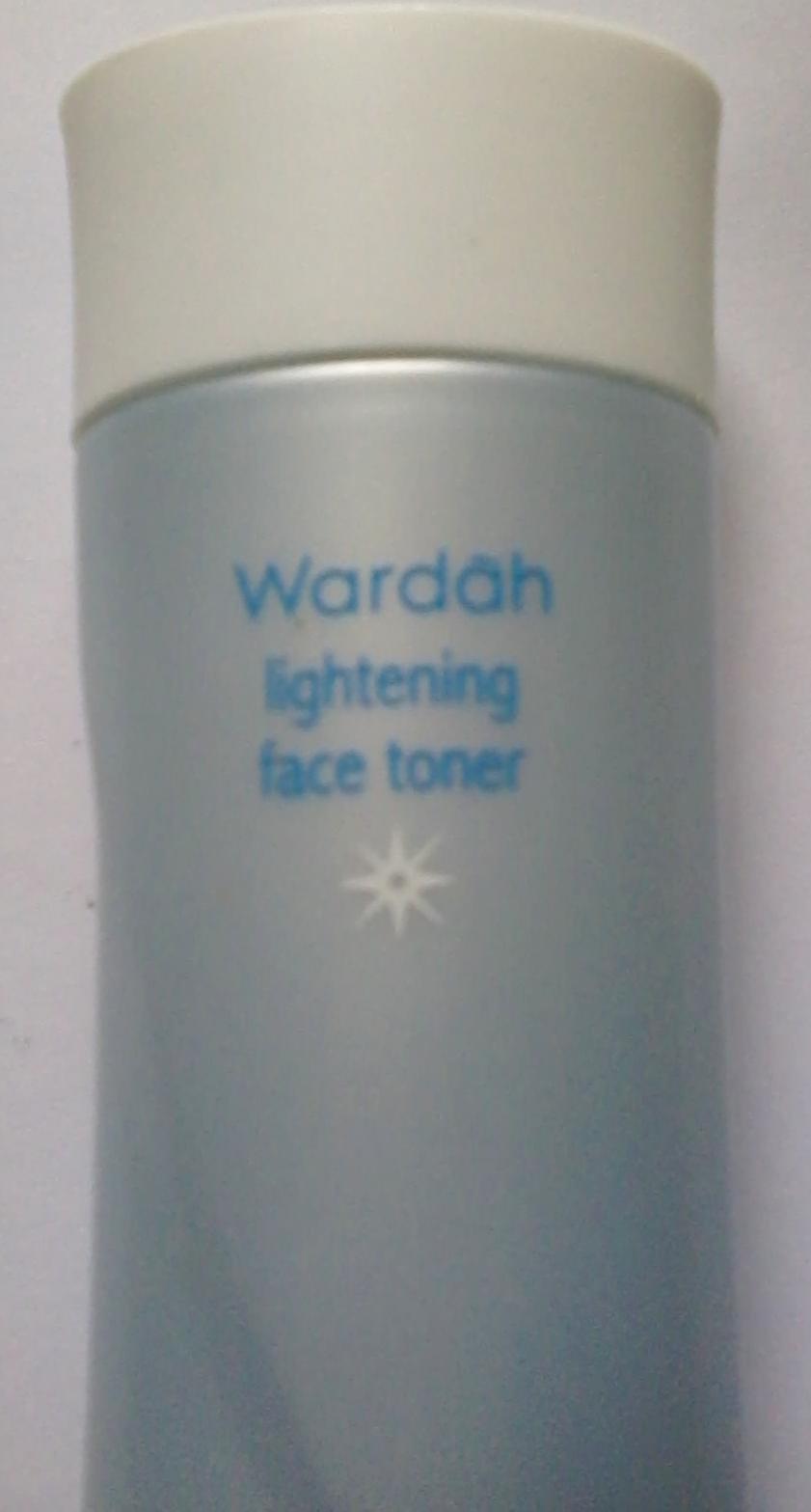 On The Road Belajar Menulis Wardah Lightening Series Face Toner 150 Ml