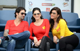 Sunny Leone at CCL with friends