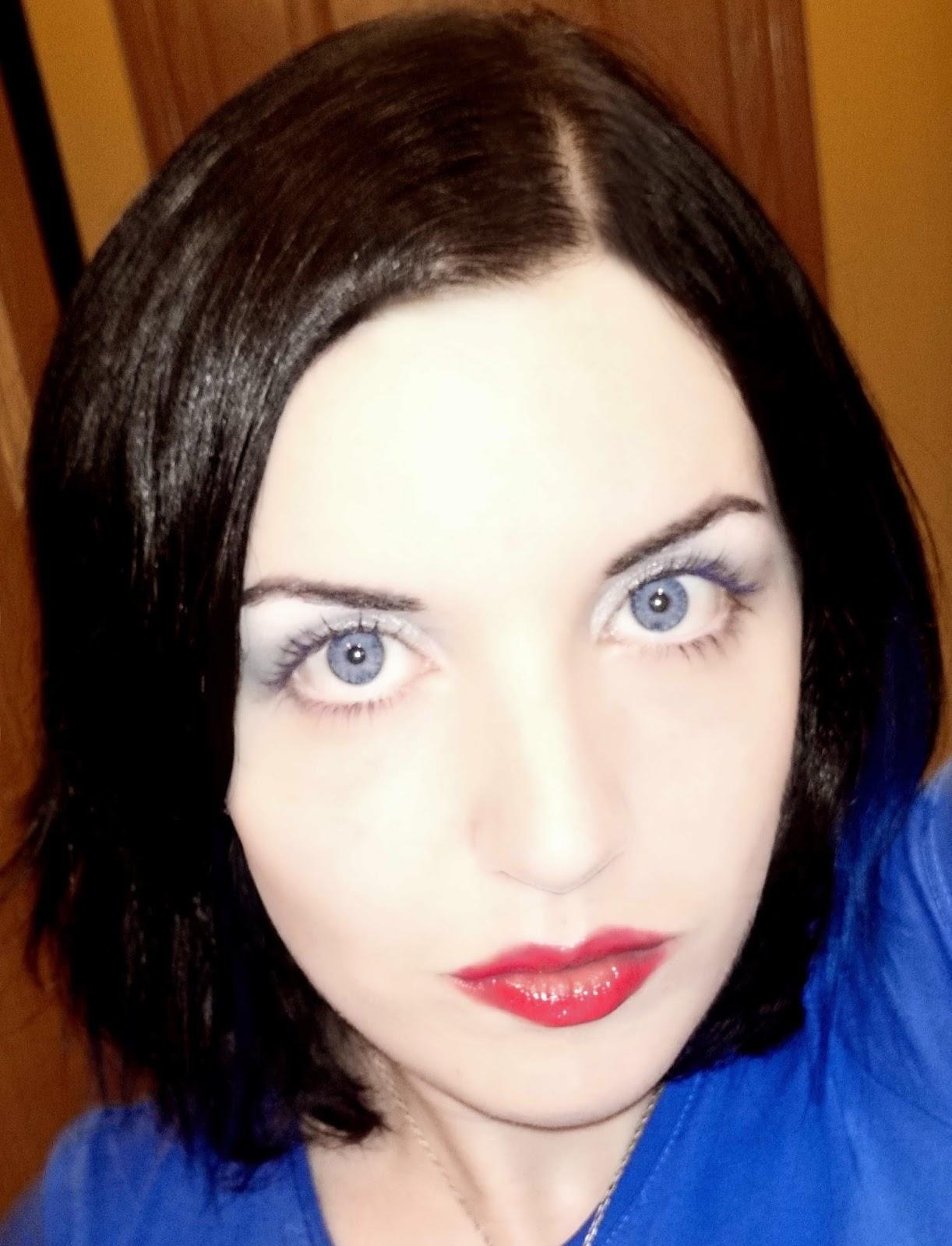 maquillaje para agrandar los ojos resultado
