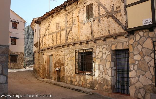 Construcciones-típicas-serranía-Cuenca
