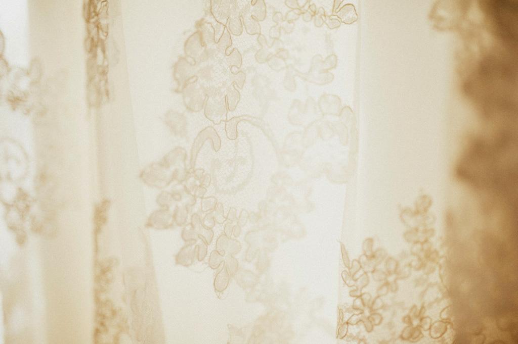 Bröllop detalj klänning