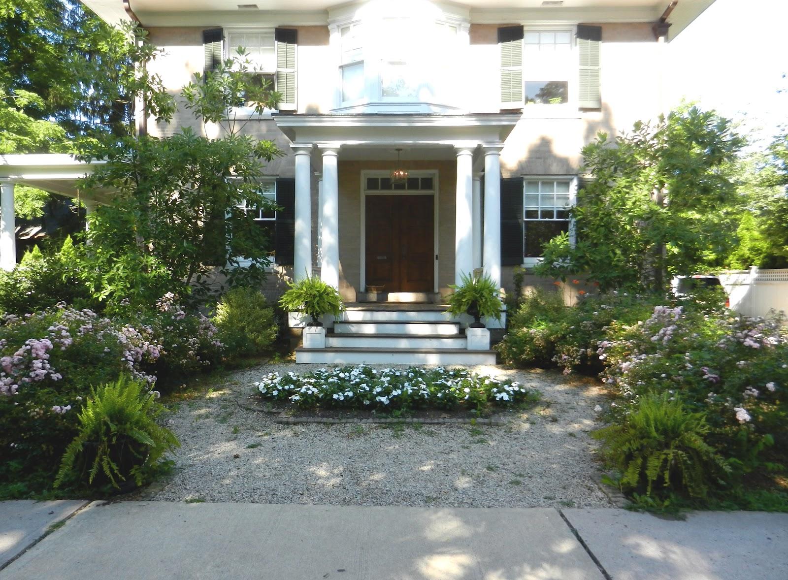 Knickerbocker Style & Design: A Garden City