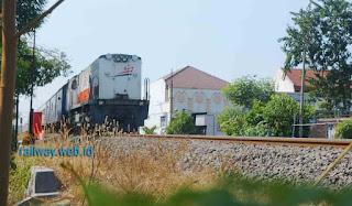 Kereta Api Ekonomi Jarak Jauh Masih Mendapatkan Subsidi