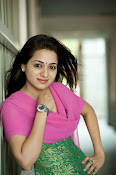 Reshma rathore new stills-thumbnail-3