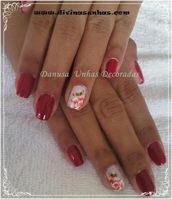 unhas-decoradas-fundo-vermelho-danusa