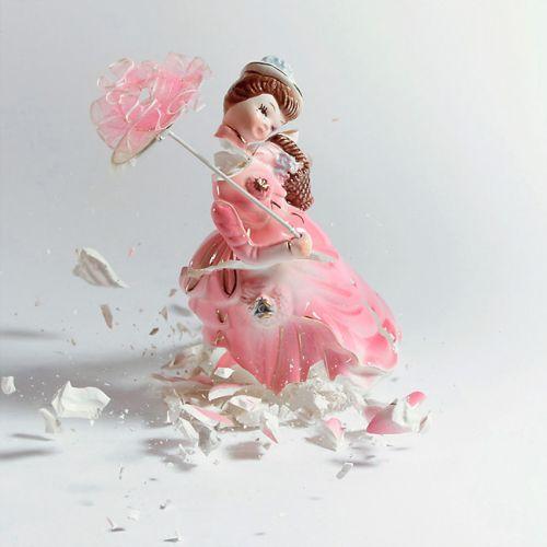 martin klimas fotografia bonecos artes marciais porcelana quebrando