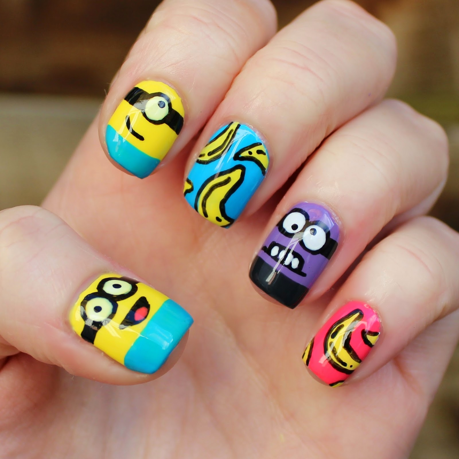 Dahlia Nails: Minion Rush Nail Design