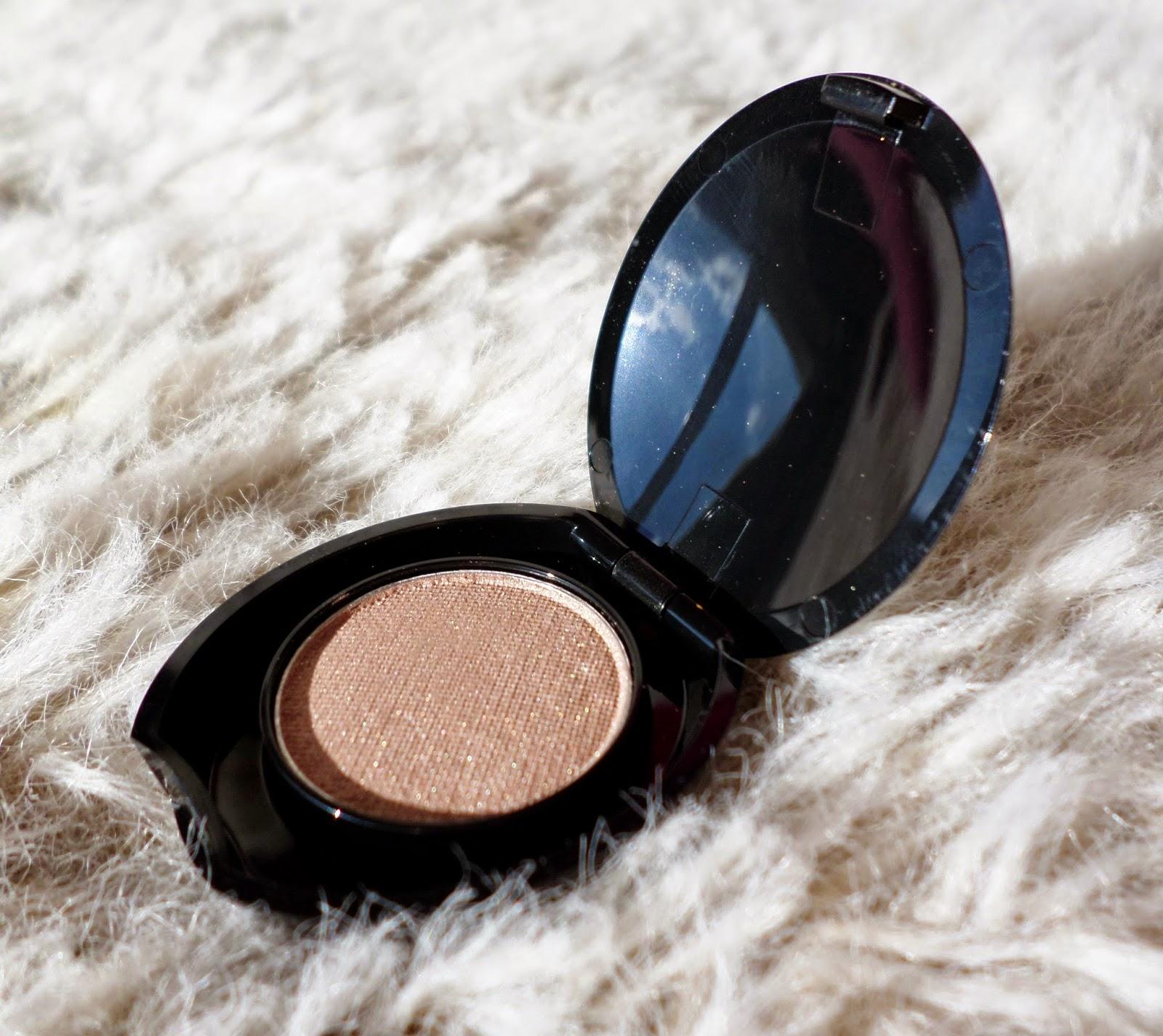 No7 Stay Perfect Eyeshadow in Wheatsheaf