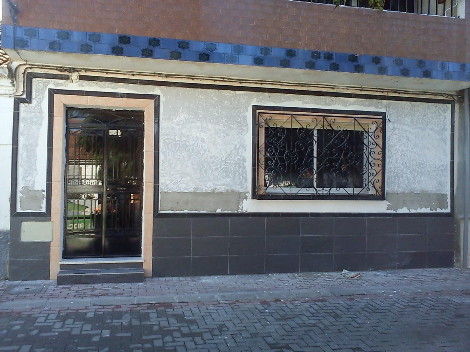 Reforma casa en dilar fachada y zocalo 2 fotos dilar - Zocalos de fachadas ...