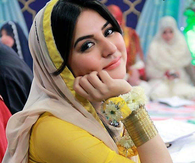 Sanam Baloch HD Wallpaper