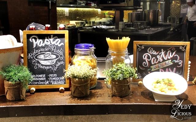Pasta Station at NIU by Vikings Buffet