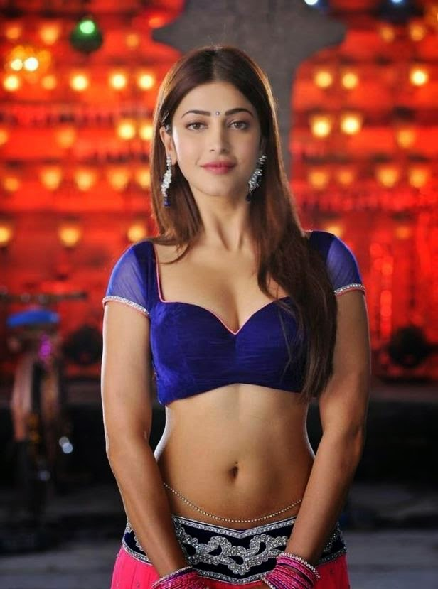 Shruti Hassan Latest Hot Navel Show Pics In Yevadu