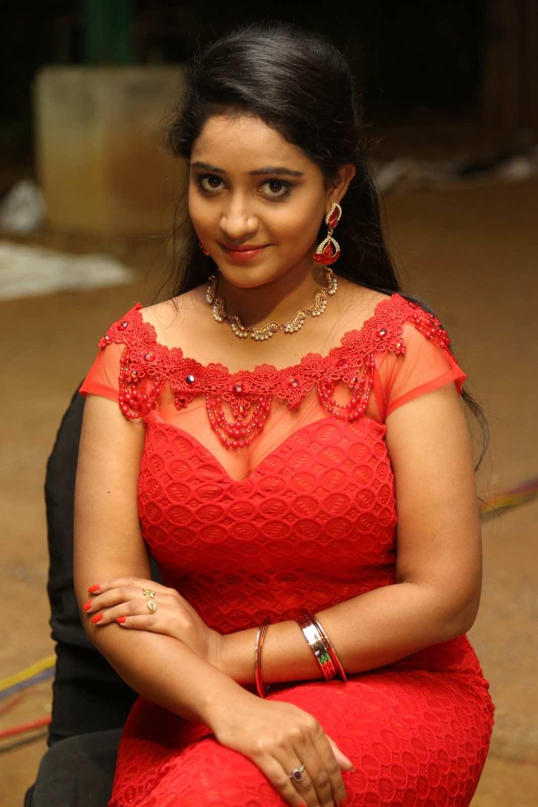 Aishwarya Addala photos at Ee Cinema Superhit-HQ-Photo-6