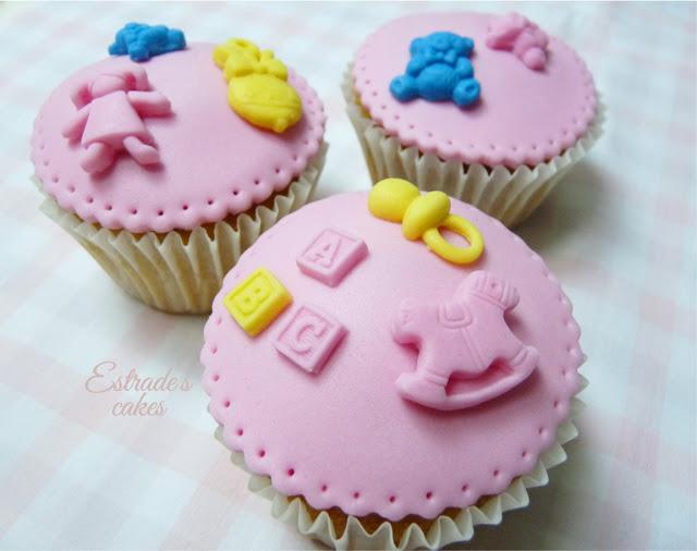 cupcakes con fondant para nacimiento de niña - 5