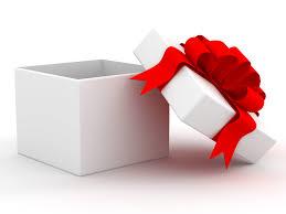 Presso il nostro shop puoi spaziare fra mille, diverse idee per i tuoi regali!