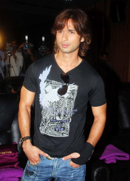shahid wallpapers. shahid wallpaper.