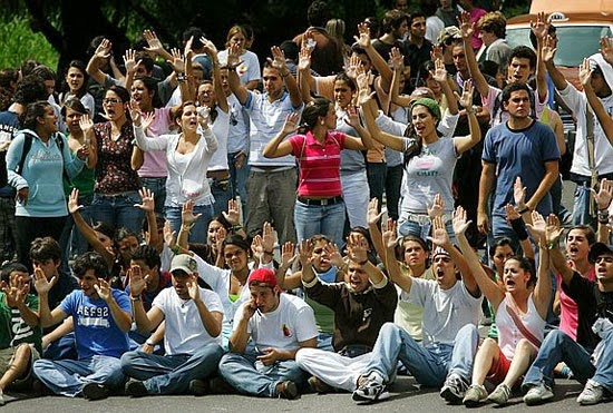 http://indiarebelde.blogspot.com/search?q=venezuela