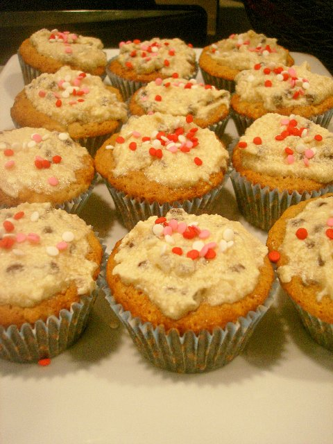 The Cupcake of Life: Chocolate Chip Oatmeal Cupcakes