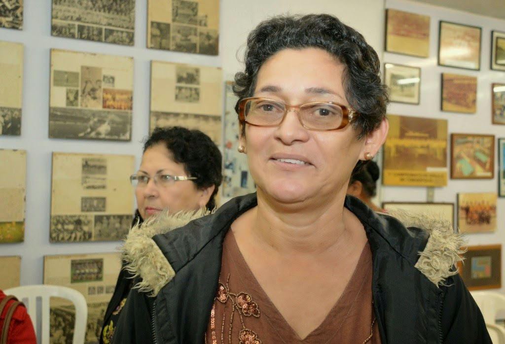 Para Zumira de Lima Lack, artesã há mais de 30 anos, ter um lugar específico para trabalhar é muito gratificante