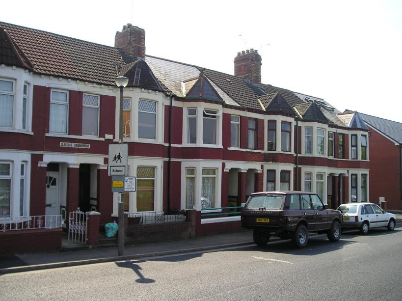 Art blog word distinction places to live in for Whats a terraced house