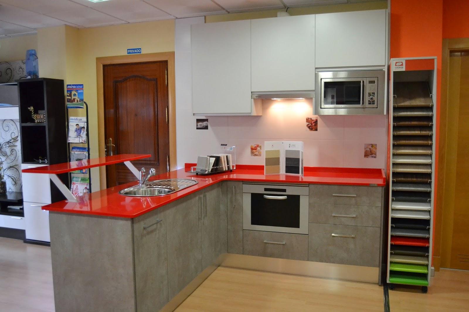 Carpinteria los molinos cocina tahon laminado color for Muebles altos de cocina