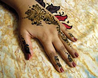 Cute Arabic Henna Designs