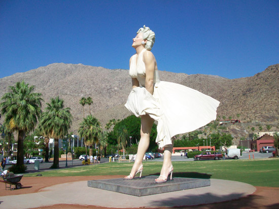 May 2012 palm springs retirement homes and condos for sale for Marilyn monroe palm springs home