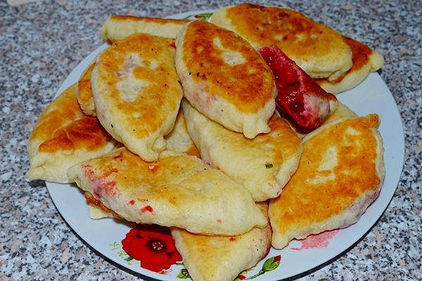 Пресные пирожки жареные на сковороде рецепт