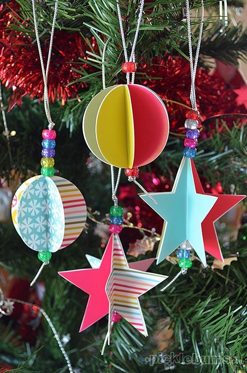 Decorazioni natalizie di carta coloratissime creare - Creare decorazioni per natale ...