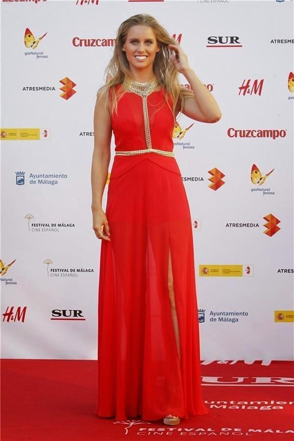 Manuela Vellés de BCBG Max Azria en el Festival de Cine de Málaga 2015