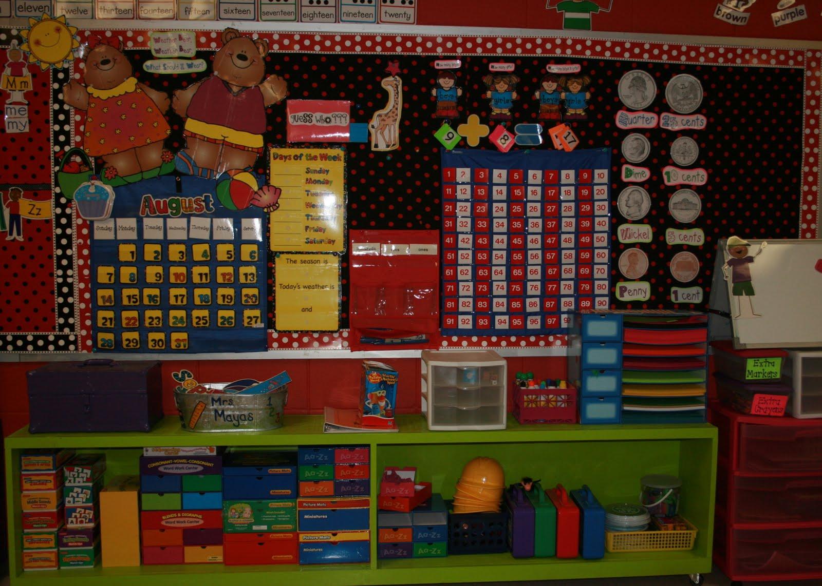 Kindergarten Classroom Calendar Wall : Mrs mayas kindergarten classroom tour