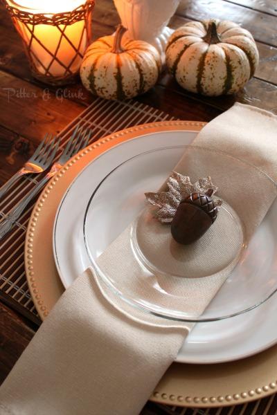 A Simple, Inexpensive & Elegant Thanksgiving Table Setting pitterandglink.com