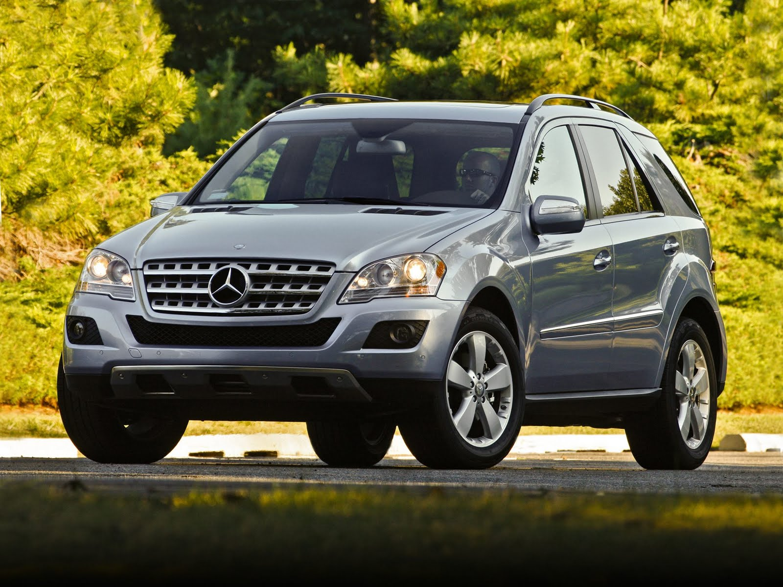 Cars review indian mercedes benz 2011 models and prices for Mercedes benz m class mercedes suv
