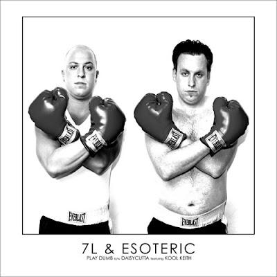 7L & Esoteric – Play Dumb / Daisycutta (VLS) (2006) (VBR)