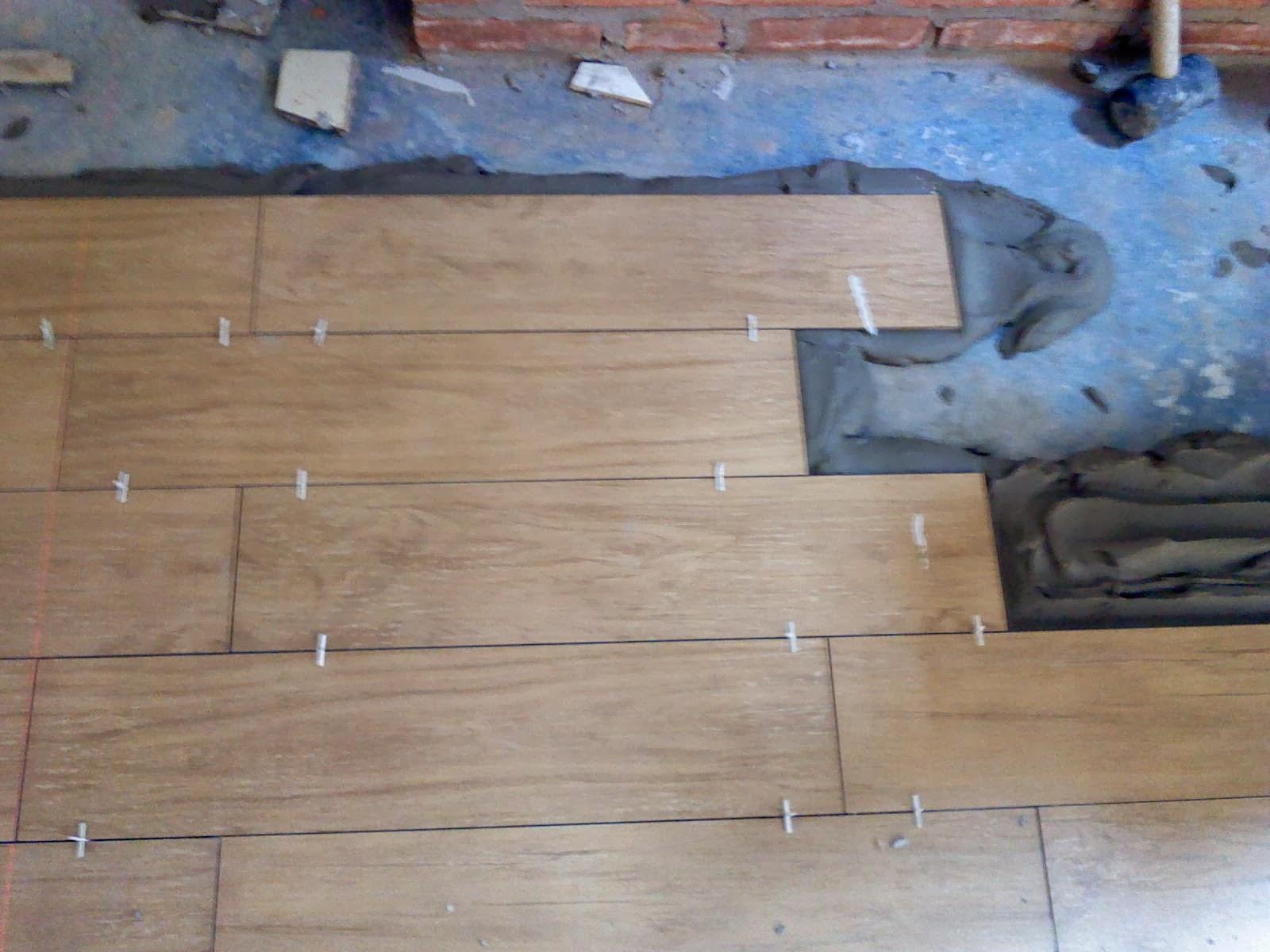 Piso ou azulejo como aplicar piso sobre piso - Como aplicar microcemento sobre azulejos ...
