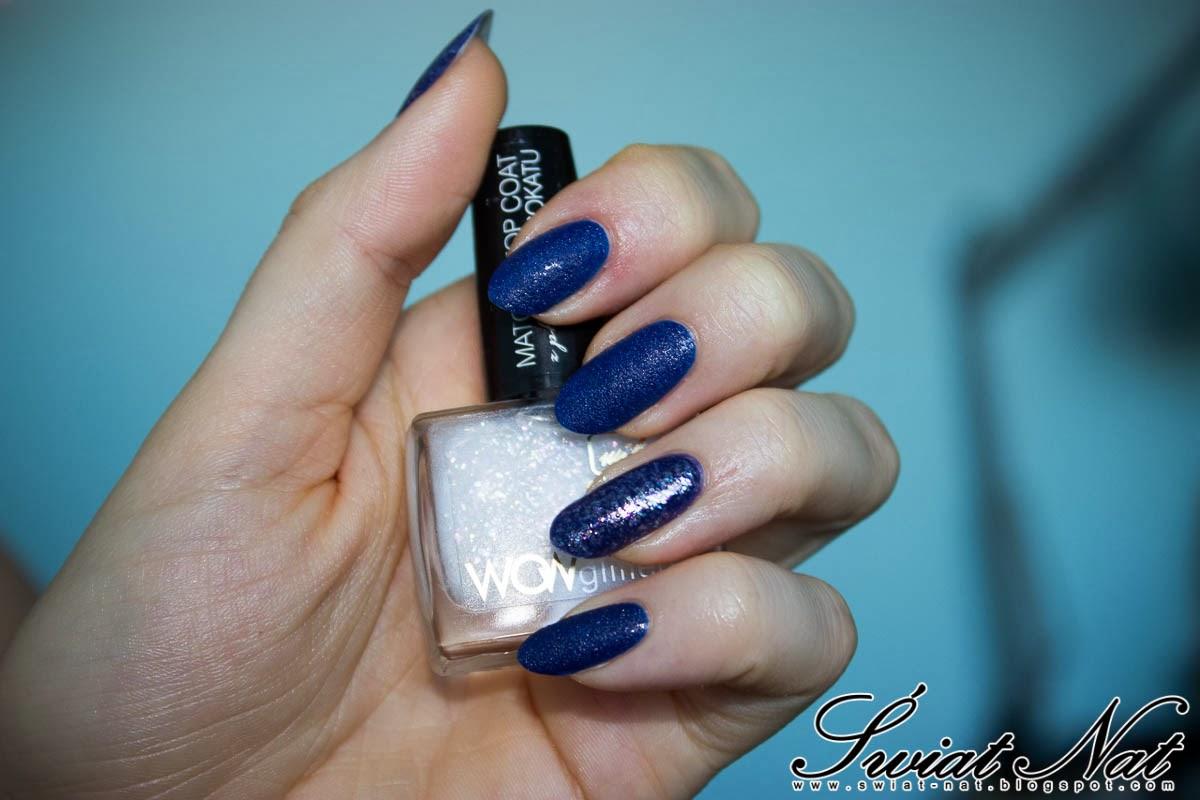 granatowy wow matowy paznokcie manicure