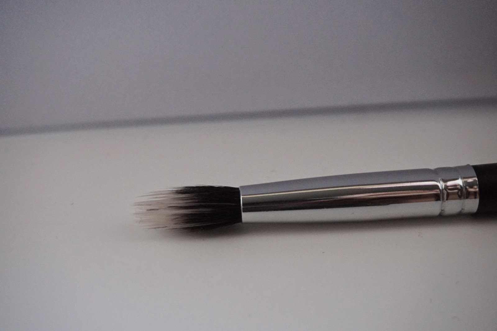 Crown Brush Review C430 Duo Fibre Crease - Dusty Foxes Beauty