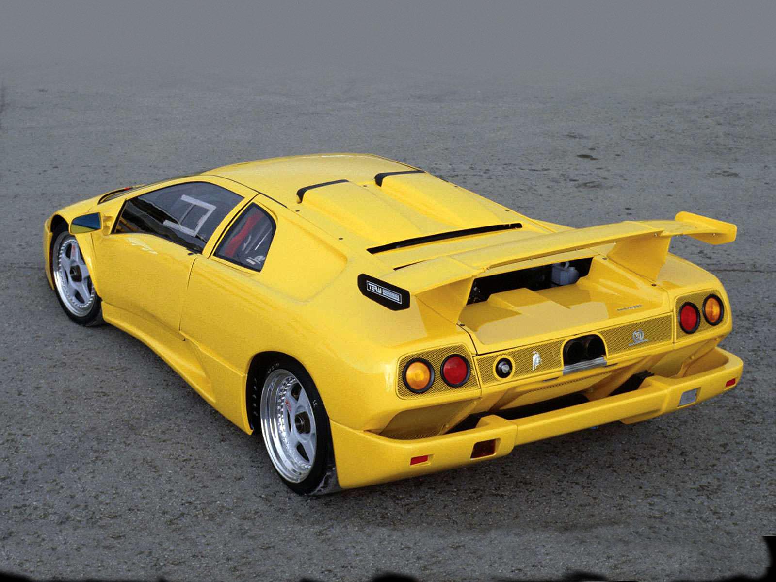 Car Accident Lawyers 1995 Lamborghini Diablo Iota Pictures