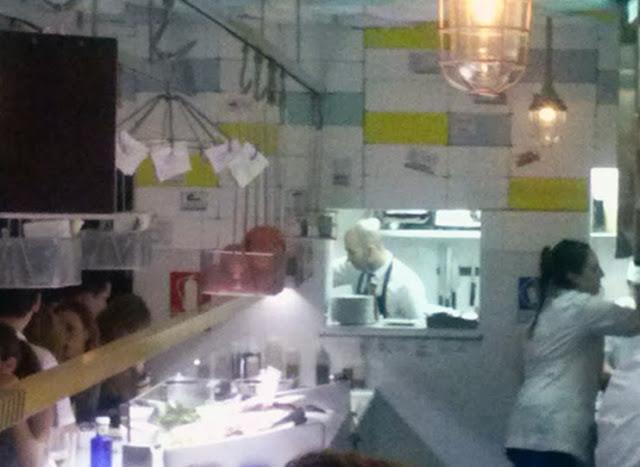 Barra y cocina de Sala Despiece