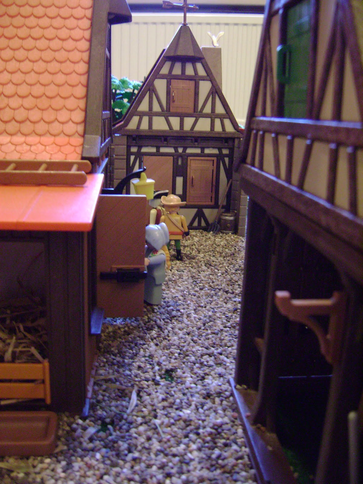 Sawyers Playmobil barricading in a belgian farmhouse