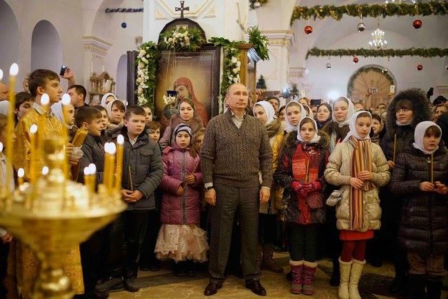 Vladimir Putin et les enfants orphelins Russie Noel 2014