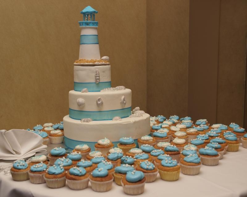 Delicious Cakes Wedding Cakes For A Seaside Wedding