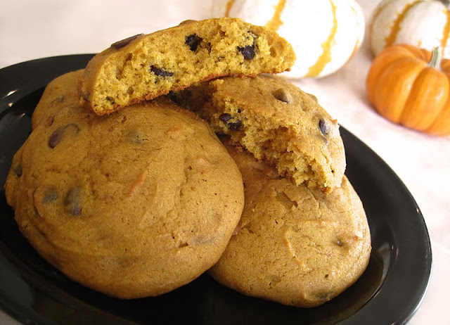 Halloween Healthy Pumpkin Chocolate Chip Cookies
