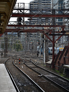 flinders station tracks