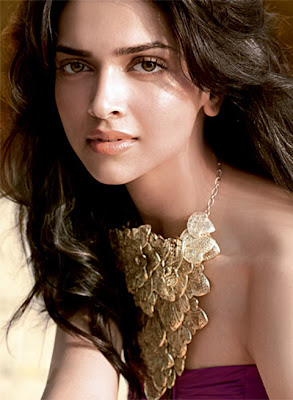Deepika Padukone Gold Statement Necklace